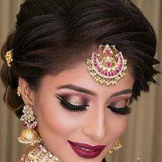 67 Ideas Wedding Hairstyles Natural Make Up For 2019 Bridal Hairstyle Indian Wedding, Pakistani Bridal Makeup, Indian Wedding Makeup, Asian Bridal Makeup, Bridal Hairdo, Bridal Makeup Looks, Bride Makeup, Indian Eye Makeup, Indian Makeup Looks