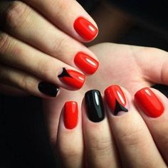 Do you like bright paintings, do you prefer a vamp style? So, try to make such easy, but noticable manicure, created on the base of red and black shades.