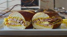 300 Sandwiches » The way to a man's heart is through his stomach. A blog about sandwiches, love and a proposal goal.