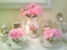Thrift store teapot and cups... I love it!!