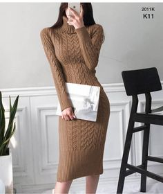 Cable Knitted Slit Fitted Turtleneck Dress Source by Dresses fitted Classy Dress, Classy Outfits, Mode Outfits, Dress Outfits, Dress Shoes, Shoes Heels, Looks Chic, Winter Fashion Outfits, Knit Dress