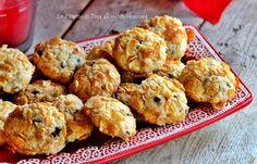 Biscotti corn flakes e gocce di cioccolato facili e golosi,biscotti da regalare a Natale semplici e veloci!Speciali questi biscotti con gocce di cioccolat