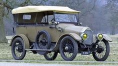 1915 Humber open touring four-seater.