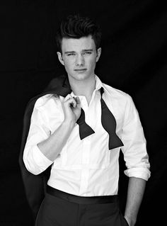 Théo Raphaël LaCroix, 25, Lyon, Children's Fiction Fantasy Author [F.C. Chris Colfer]
