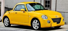 Daihatsu Copen Photos and Specs. Photo: Copen Daihatsu prices and 24 perfect photos of Daihatsu Copen Daihatsu Terios, Day Trips From London, Japan Cars, City Car, Motor Company, Car Wheels, Sport Cars, Used Cars, Cars And Motorcycles