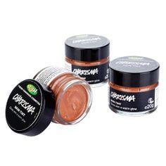 Charisma (Skin Tint): Charisma ist eine Mischung aus goldenen Tönen, die man für einen gesunden, warmen Hautschimmer unter dem Make-up trägt.