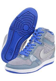 promo code a4248 3c555 Zapatilla Gris Nike Force Sky High Print