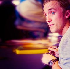 Find images and videos about tom felton on We Heart It - the app to get lost in what you love. Draco And Hermione, Draco Harry Potter, Harry Potter Films, Harry Potter Anime, Tom Felton, Hp Movies, Thomas Andrews, Rupert Grint, Dramione