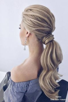 Nice 41 Inspirations For Your Modern Wedding Hairstyle. More at https://trendwear4you.com/2018/05/19/41-inspirations-for-your-modern-wedding-hairstyle/