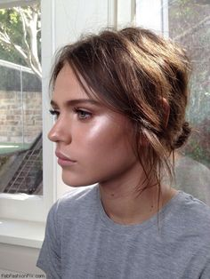 46e0cc1bce How to highlight and contour your face with makeup like a pro