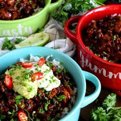Chorizo and Black Bean Chili Bowls - Lord Byron's Kitchen Black Bean Chili, No Bean Chili, Vegan Ground Beef, Ginger Beef, Crispy French Fries, Chorizo Sausage, Spicy Chili, Canned Black Beans, Food Shows