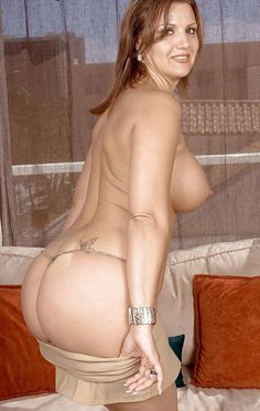 Curvy women nude Older