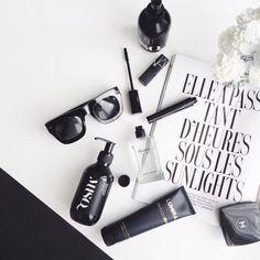 Ideas Fashion Style Photography Inspiration Black White For 2019 Feeds Instagram, Photo Instagram, Flat Lay Photography, Fashion Photography, Lifestyle Photography, Cosmetic Photography, Photography Outfits, Minimalist Photography, Photography Ideas