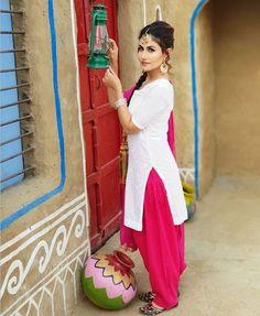 Punjabi Salwar Suits, Punjabi Dress, Patiala Suit, Shalwar Kameez, Saree Dress, Punjabi Girls, Romantic Surprise, Girls Image, Suit Fashion