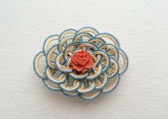 水引の帯留*水色 Japanese Paper Art, Plaits, Minne, Ikat, Macrame, Knots, Diy And Crafts, Ropes, Inspiration