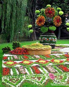 flower garden with a beauty flower pot Garden Topiary