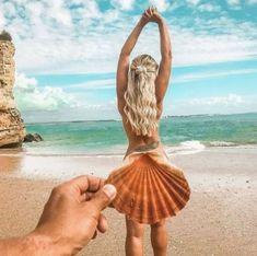 Romantic Beach Photos, Beach Images, Creative Beach Pictures, Creative Photos, Funny Beach Pictures, Bikini Pictures, Beach Photography Poses, Beach Poses, Abstract Photography