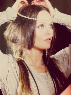Vanessa Paradis - bohemian pearl head piece