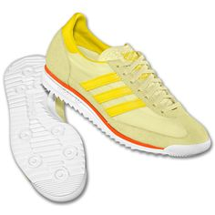 Saw some one wearing these in Soho.... must make a trip to the Adidas Originals Store on Wooster...