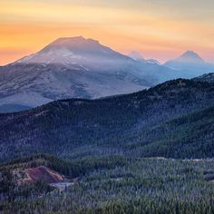 """Gorgeous views from Three Sisters Wilderness in Central Oregon by @adammckibben  #pnwonderland""  I need to paint this!!"