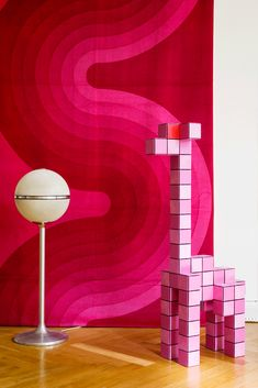 Mod Red & pink Wallhanging                                                                                                                                                                                  Mehr
