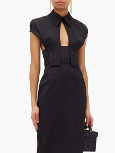 Textiles Y Moda, Fashion Details, Fashion Design, High Fashion, Womens Fashion, Fashion Fashion, Mode Style, Fashion Dresses, Midi Dresses