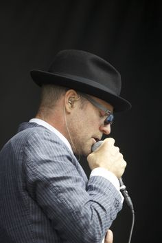 Gord Downie Order Of Canada Movement Picks Up Steam Order Of Canada, Heavy Heart, Your Music, Cool Bands, Men's Style, Tat, Brain, Cancer, Songs