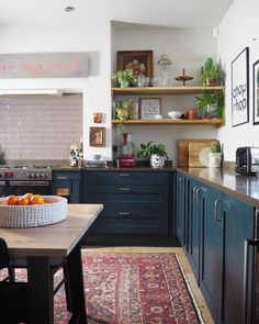 Home Decor Kitchen .Home Decor Kitchen Eclectic Kitchen, Boho Kitchen, Home Decor Kitchen, New Kitchen, Home Kitchens, Kitchen Dining, Kitchen Cabinets, Navy Cabinets, Kitchen Remodeling