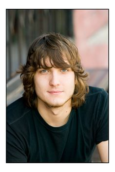 scott michael foster, watched him on Greek, skater sexy. Dream hair... and Iwish I had an adam's apple like that.