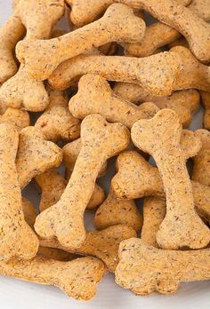 15 Homemade Dog Treats | Recipes and Instructions - Pioneer Settler | Homesteading | Self Reliance | Recipes