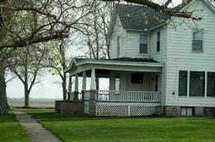 classic old farmhouse - love!