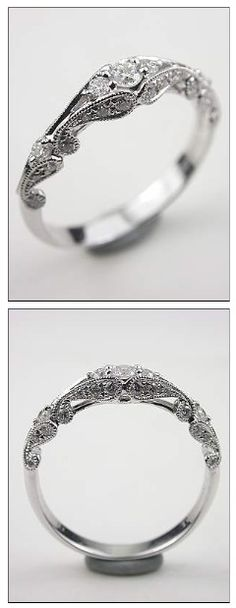 Engagement ring. I really love this! ^^