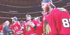 Toews and Kane find their way to each other. 2015 Champions.