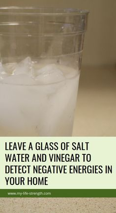Leave A Glass Of Salt Water And Vinegar To Detect Negative Energies In Your Home Health Goals, Health Motivation, Health Tips, Health And Wellness, Health Care, Herbal Remedies, Health Remedies