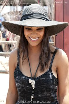 Lyndie Greenwood 'Sleepy Hollow' photocall during Comic Con: San Diego 2014 http://icelebz.com/events/_sleepy_hollow_photocall_during_comic_con_san_diego_2014/photo3.html