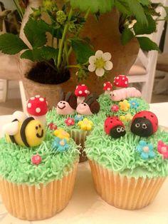 Lady Berry Garden Bug Cupcakes Bug Cupcakes, Cupcakes For Boys, Baking Cupcakes, Cupcake Cakes, Baby Cakes, Cupcake Recipes, 1st Birthday Parties, 3rd Birthday, Birthday Cakes