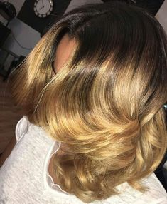 Amazing blonde hair color by honey blonde Pretty Hairstyles, Weave Hairstyles, Girl Hairstyles, Bob Hairstyle, Love Hair, Gorgeous Hair, Pressed Natural Hair, Curly Hair Styles, Natural Hair Styles