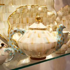 Ceramic Parchment Check Teapot. So beautiful.