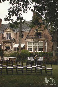 Martindale Country Club, casamiento, boda, wedding, ambientación, decor wedding, sillas tiffany, tiffany chair, centro de mesa, centerpiece, atrapasueños