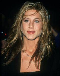 Jennifer Aniston 90s, Jeniffer Aniston, Nancy Dow, Friends Moments, Friends Tv, Estilo Rachel Green, Actor John, Gal Gadot, Girl Crushes