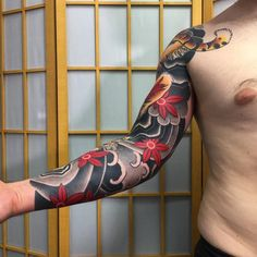 Discover, collect and share inspiration from a curated collection of tattoos by Sergey Buslaev. Japanese Wave Tattoos, Japanese Tiger Tattoo, Japanese Dragon Tattoos, Japanese Tattoo Designs, Japanese Sleeve Tattoos, Full Sleeve Tattoos, Dragon Tattoo Pictures, Tattoo Photos, Tatuagem Trash Polka