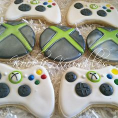 XBOX 360 Cookie Arrangement - Lol I should get this for Tom