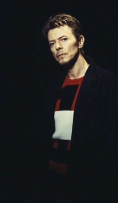 David Bowie Wonderworld: David Bowie Photograph of the Day