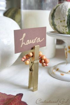 55 DIY Thanksgiving Table Settings to Wow All Your Holiday Guests An easy and inexpensive way to decorate your tabletop, simply spray-paint clothespins and glue faux berries for a pop of autumnal color. Get the tutorial at Centsational Girl. Thanksgiving Table Settings, Thanksgiving Centerpieces, Thanksgiving Parties, Easter Centerpiece, Easter Decor, Holiday Parties, Partylite, Dinner Party Table, Brunch Table