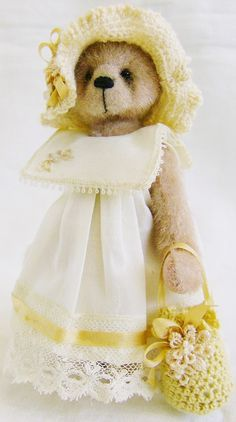 """I LUV her! She made me think of sunshine so I had to pin her to """"happy yellow""""! <3"""
