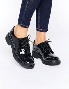 a565b43c1d31a Derbies Chaussure Richelieu Femme, Chaussure Vernis, Derbies, Mode En  Ligne, Chaussettes,