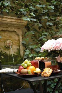 The romantic patio ~ Hotel Jardin de lOdeon ~ Par...