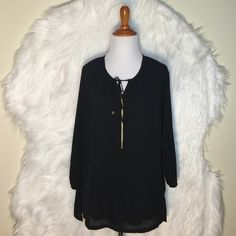❗️Price Drop❗️Michael Kors Zip-Front Peasant Top Designed with hardware detail and a stylish zip-front desig, Micharl Kors blouse adds on-trend appeal to any outfit. Crew neckline; ties at neck with hardware detail. Pullover style, pullover style, long sleeves, exposed zipper closure at front. Easy fit & hits below hips. NWOT MICHAEL Michael Kors Tops Blouses