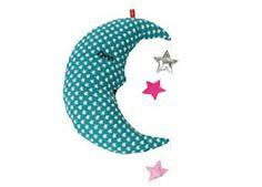 doudou lune avec guirlande d'étoiles 22€