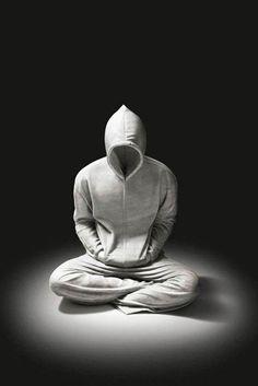 """Les incroyables sculptures de marbre de l'artiste Alex Seton, qui avec son projet """"Elegy of Resistance"""", parvient à donner à la pierre l'aspect doux et souple de sweatshirts…"""